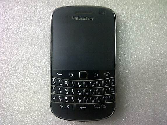 blackberry dakota 9900 image