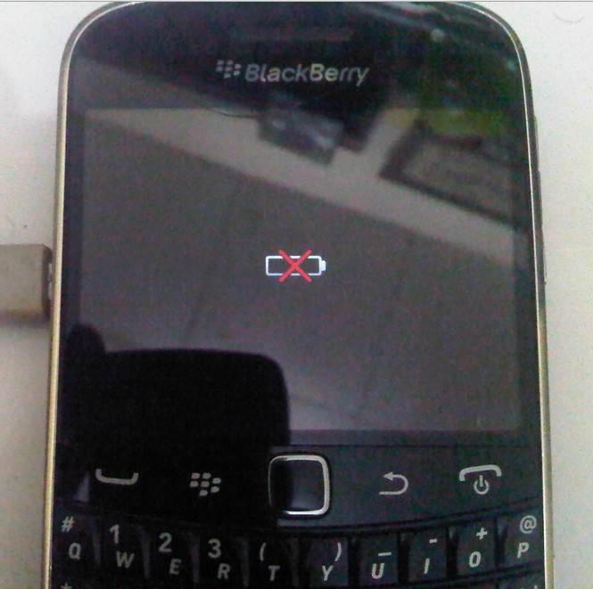 2 Solusi Untuk Masalah Blackberry Baterai Silang