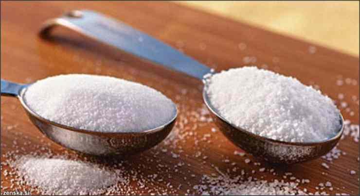 "Tidak mengkonsumsi ""zat gula"" agar terhindar dari diabetes"